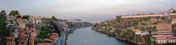 杜罗河河和波尔图 免版税库存照片