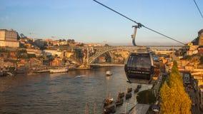 杜罗河河和Ribeira看法在波尔图的历史的中心 库存图片
