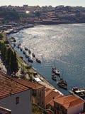 杜罗河河在波尔图葡萄牙 库存照片