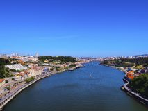 杜罗河河在波尔图 免版税图库摄影