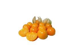 束明亮的黄色成熟灯笼果,在白色背景 免版税库存图片