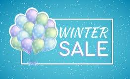 束有雪花的五颜六色的气球 冬天季节性折扣的销售海报 库存照片