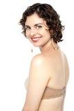束腰和好的胸罩可能帮助提高您的乳房 免版税图库摄影
