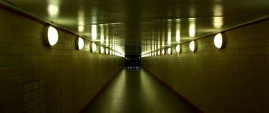 结束隧道 免版税库存图片