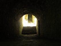 结束轻的隧道 免版税库存图片