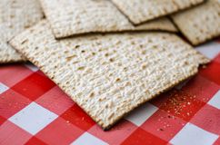束matzoth,犹太传统食物,未膨松面制面包 图库摄影