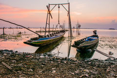 2条小船在湖准备修理 免版税图库摄影