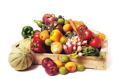 条板箱水果和蔬菜 库存图片