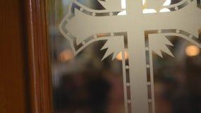 条款背景装饰内部小的种类白色 教会委员会壁画,大教堂内部  选择聚焦 股票视频