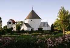 来回bornholm的教会 库存照片
