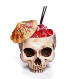 杯一块人的头骨 免版税库存照片