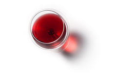 杯与影子的红葡萄酒 顶视图 库存图片