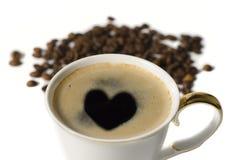 杯与心脏的coffe 免版税库存照片