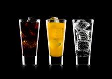杯可乐和桔子汽水饮料和柠檬水 库存照片
