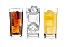 杯可乐和桔子汽水饮料和柠檬水 图库摄影