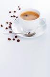 杯咖啡copyspace茶碟豆 免版税库存图片