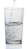 杯在白色背景的水 免版税图库摄影