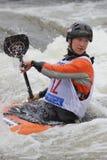 杯子伊丽莎白neave种族障碍滑雪水世界 库存图片