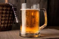 杯子啤酒 库存照片