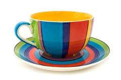 杯子查出的茶碟有条纹的白色 免版税库存照片