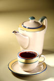 杯子水壶茶 免版税图库摄影