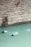 杯子潜水的极大的高度世界 图库摄影