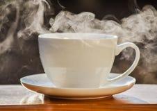 杯子热茶 免版税图库摄影