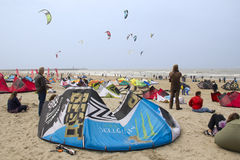 杯子风筝冲浪的世界 免版税库存照片