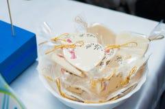 杯形蛋糕、蛋糕和假日曲奇饼 图库摄影