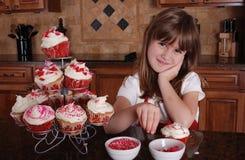 杯形蛋糕华伦泰 免版税库存照片