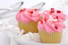杯形蛋糕华伦泰 免版税库存图片