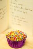杯形蛋糕食谱 免版税库存照片