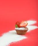 杯形蛋糕,草莓 免版税库存图片