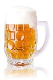 杯新鲜的啤酒 免版税库存照片