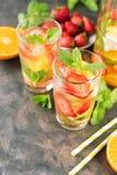 杯柠檬水 免版税图库摄影