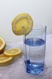 杯水 免版税图库摄影