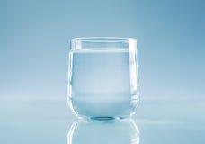 杯水 免版税库存照片