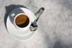 杯热奶咖啡 免版税库存图片