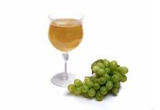 杯白色金凡多酒加利福尼亚葡萄酒 免版税图库摄影
