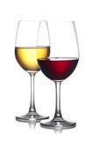杯红色和白葡萄酒 免版税库存照片