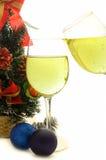 杯香槟在圣诞节和新年 免版税库存照片