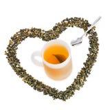 杯绿茶,绿色茶叶 库存照片