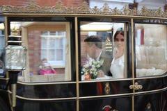 杰克Brooksbank温莎,英国- 12/10/2018公主Eugenie & :Eugenie公主&杰克Brooksbank婚礼通过队伍游行 免版税库存图片