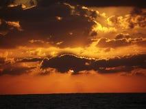 杰尔巴岛红色日出 免版税图库摄影