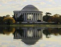 杰斐逊纪念品在秋天。 免版税库存图片