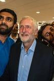杰里米Corbyn参观的清真寺 免版税库存照片