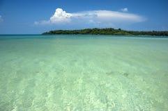 绿松石海 库存图片