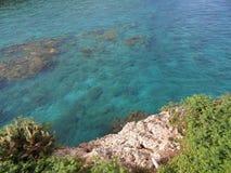 绿松石海 免版税库存图片