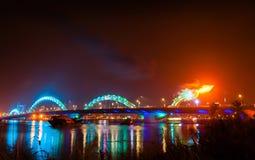 绿松石龙桥梁 库存照片