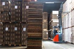 板台伸手可及的距离卡车 免版税库存图片